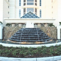 <b>Contessa Condominium, Naples FL</b> </br>20' custom Wasco pyramid</br> GC - Leatherwood Construction